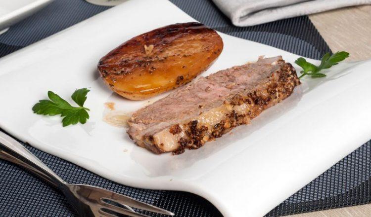 Roast Beef DELMOR a la mostaza con patatas al horno